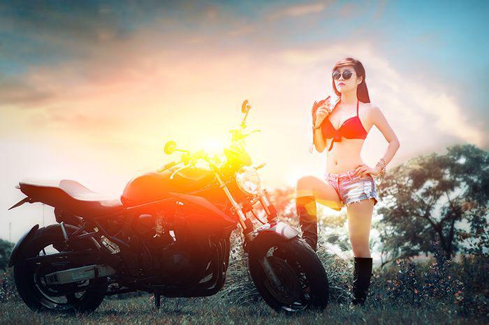 người đẹp Việt bên moto hình 7