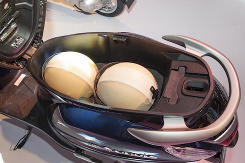 Cốp xe Yamaha Grande