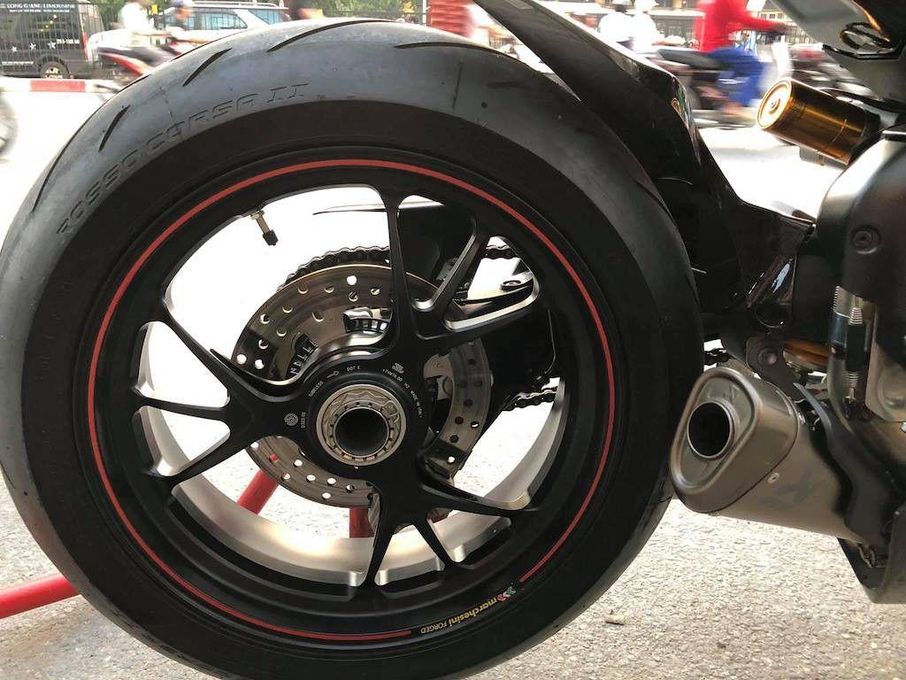 Biker Hà Nội chi hơn 400 triệu độ superbike Ducati Panigale V4 S ảnh 7