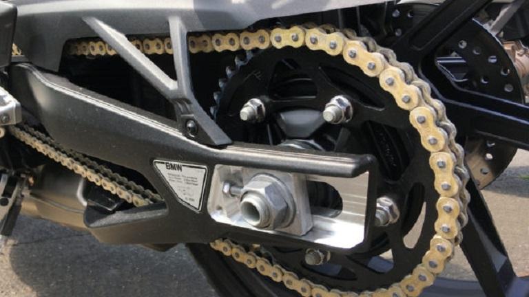 BMW sản xuất mẫu xích phủ kim cương siêu cứng dành cho mô-tô