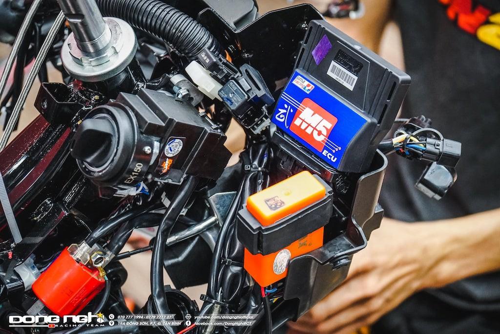 Yamaha Exciter 155 VVA độ cực chất của tay đua Tô Hà Đông Nghi - ảnh 16